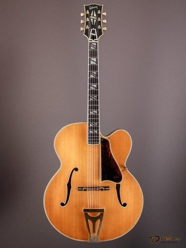 1969 Gibson Super 400 from Chinery Collection, Maple/Spruce