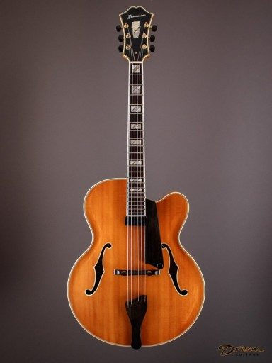 """1994 Buscarino 17"""" Archtop, Quilted Maple/Spruce"""