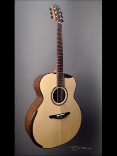 New Avalon L320B Indian/Sitka Made In Ireland!