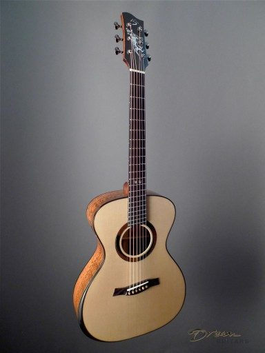Mountain Song Guitars (Ken Jones) Odalisque - Tasmanian Tiger Acoustic Guitar
