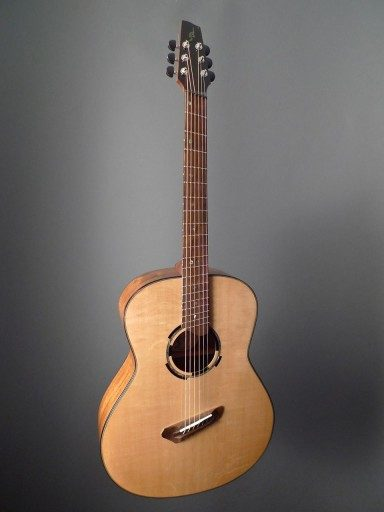 Soderlund Guitars Multi-Scale Short Baritone Acoustic Guitar