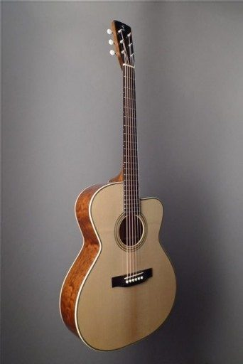 Franklin OMC Acoustic Guitar