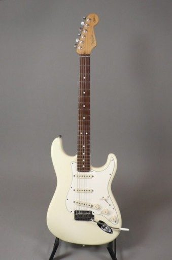 Fender Guitars Artist Series Jeff Beck Signature Stratocaster Electric Guitar