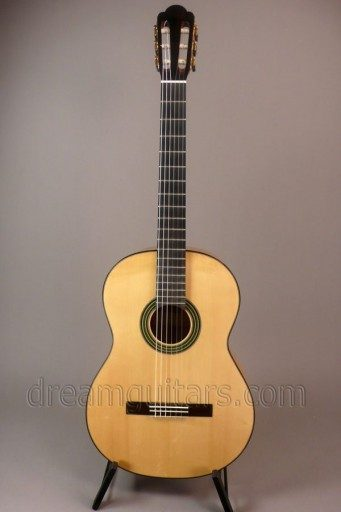 Gutmeier Guitars Model B Crossover Classical Guitar