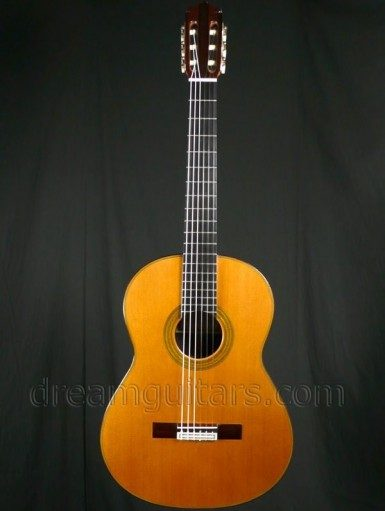 M. Tezanos Guitars Maestro Classical Guitar