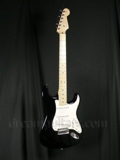 Fender Guitars Deluxe VG Strat Electric Guitar