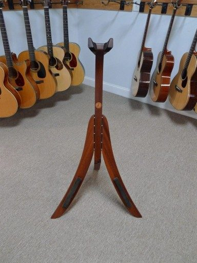 Solid Ground Stands - Guitar Stand in Sapele