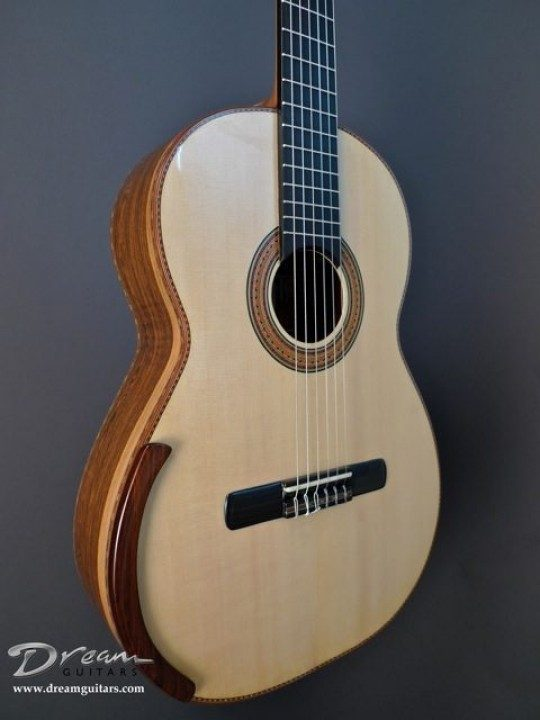 Bellucci Concert Classical Guitar