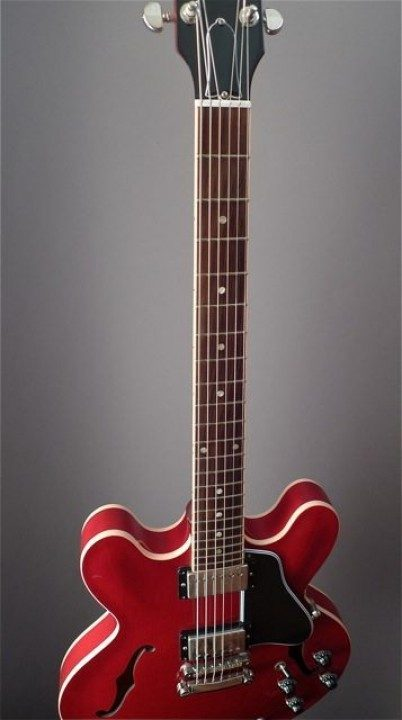 Gibson ES-335 Electric Guitar