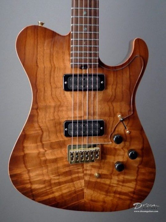 Flame Koa, Tobacco burst nitro lacquer finish Top