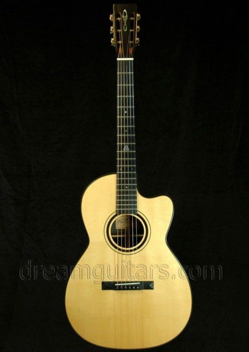 Beneteau Guitars 000-12C Acoustic Guitar