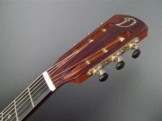 Brazilian Rosewood Headplate Green Abalone Heart 揇� logo Inlay