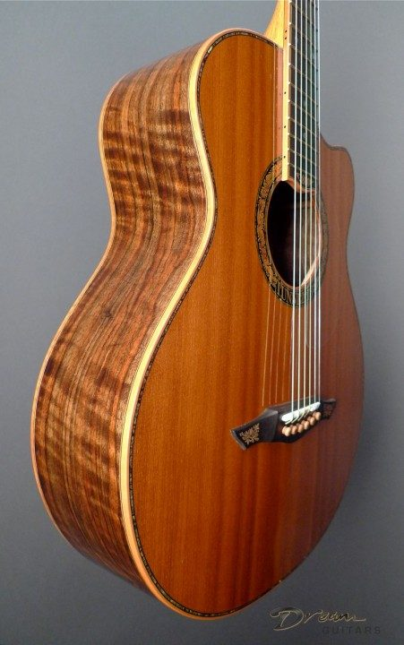 Claro Walnut Back and Sides, Redwood Top