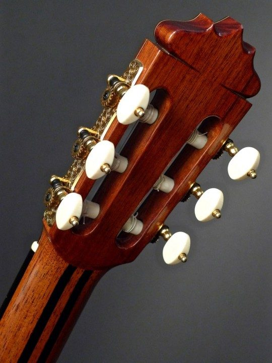 Graff Gold Tuners With Ivoroid Buttons