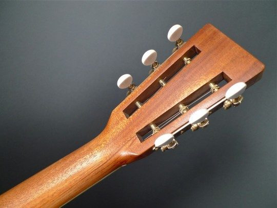 Sloane Gold Etched Tuners With Ivoroid Buttons