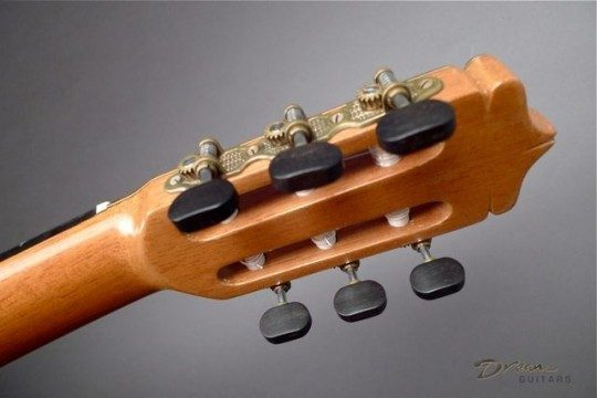 Gotoh Bronze With Ebony Buttons Tuners