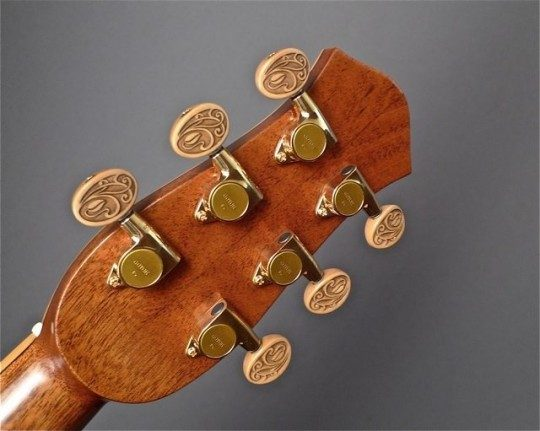 Gotoh Gold With Custom Buttons Tuners