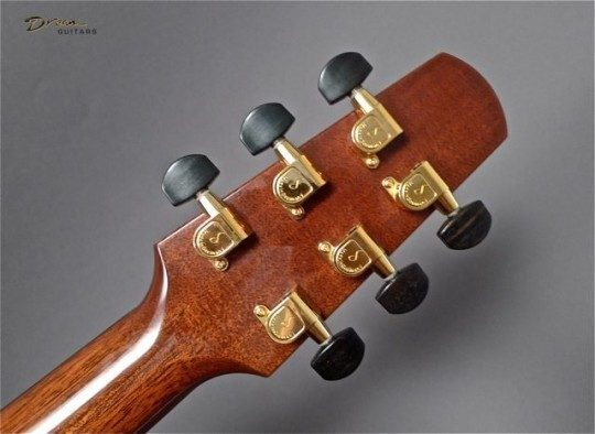 Schaller Gold Etched With Ebony Buttons Tuners