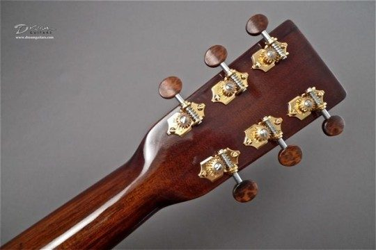 Waverly Gold With Snakewood Buttons Tuners