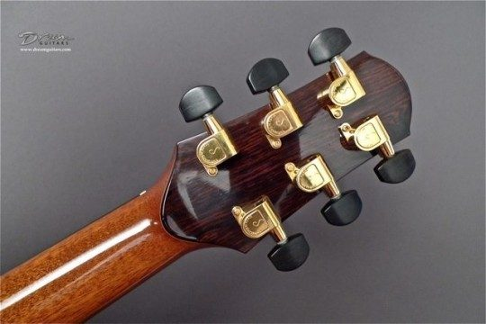 Schaller Gold With Ebony Buttons Tuners