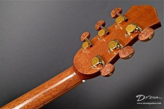 Gotoh Gold Tuners with Amboyna Burl Buttons