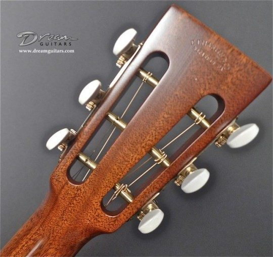 Waverly Gold Etched With Ivoroid Buttons Tuners