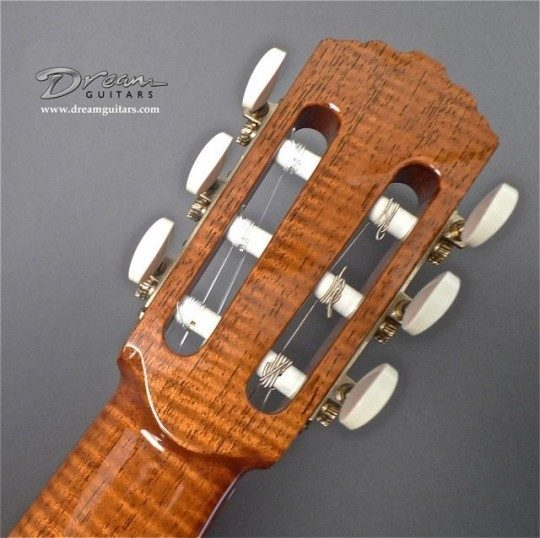 Waverly Bronze With Ivoroid Buttons Tuners