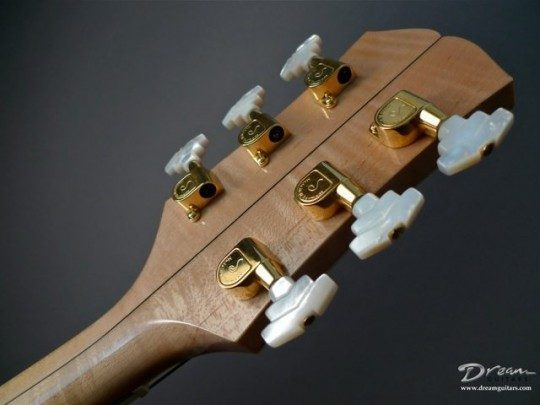 Schaller Deco Gold With M.O.P. Buttons Tuners