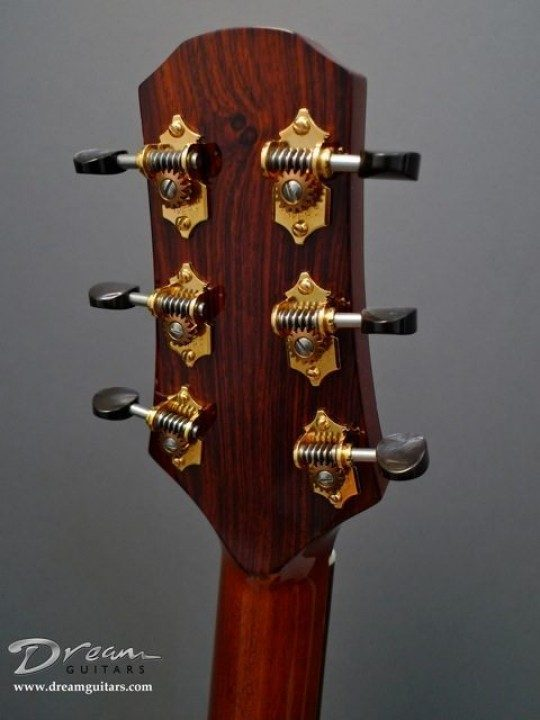 Waverly Gold With Black Pearl Buttons Tuners