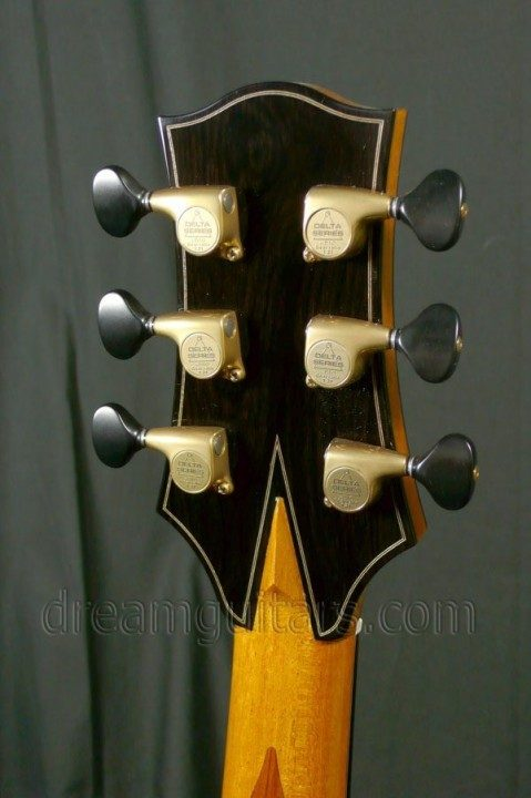 Bronze Gotoh 510 Delta Series tuners with Ebony buttons