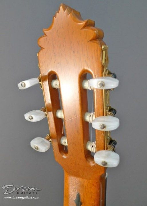 Fustero Gold Etched With Pearl Buttons Tuners