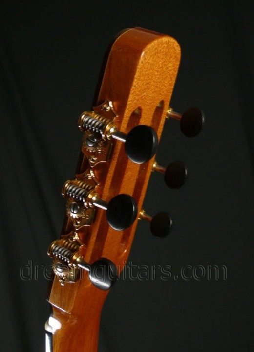 Waverly with Ebony Buttons Gold