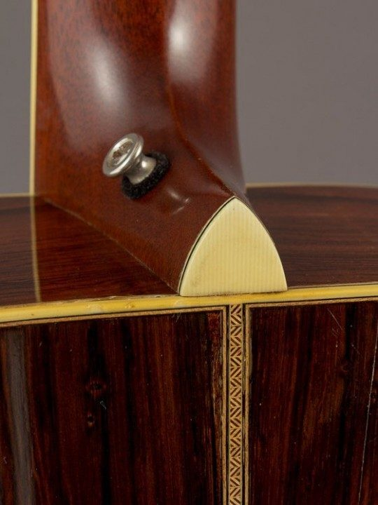 Please note, a Rosewood strap button is now installed