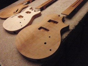ARTINGER CUSTOM GUITARS